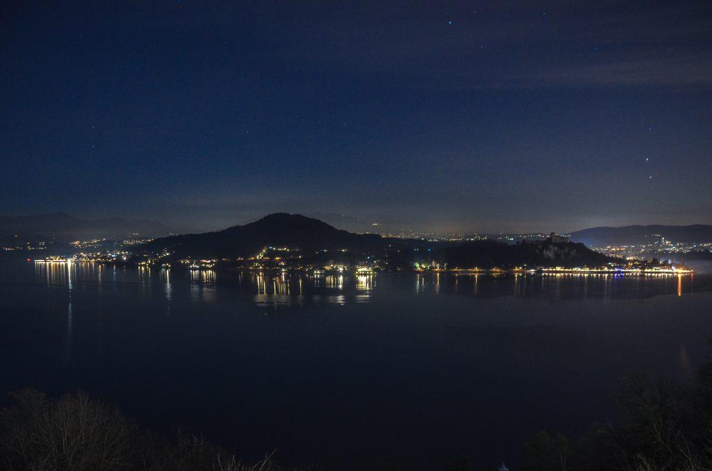 Hotel lac majeur de nuit