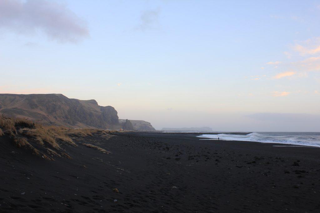 Islande plage de sable noir a Vik