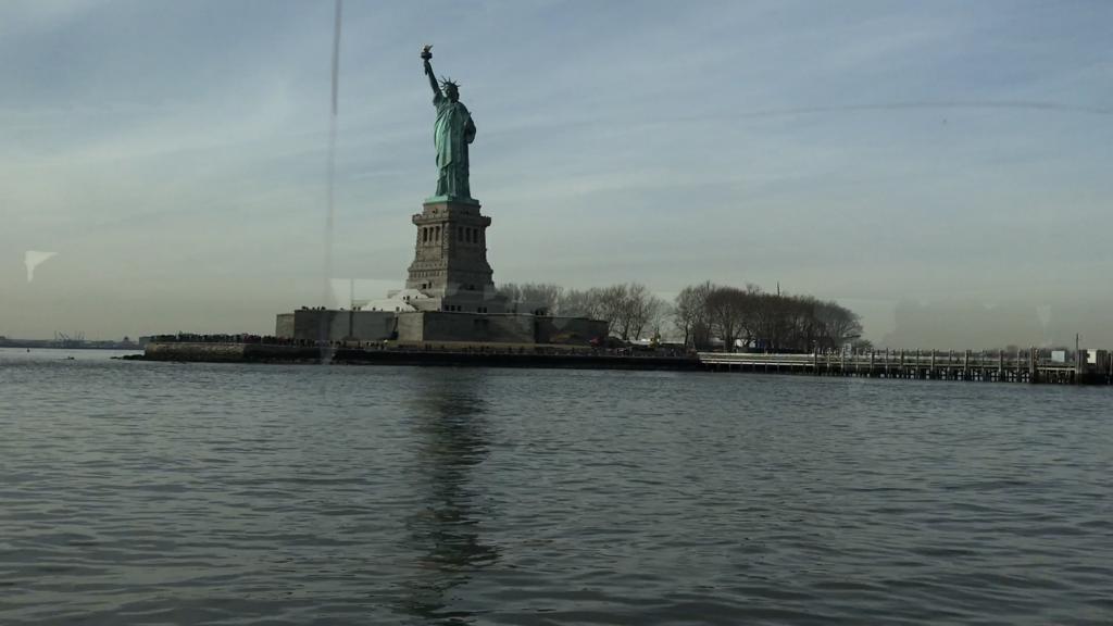 Statue Cruise ferry