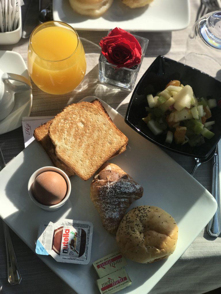 Petit déjeuner à l'Hotel Pincio en plein centre de Rome