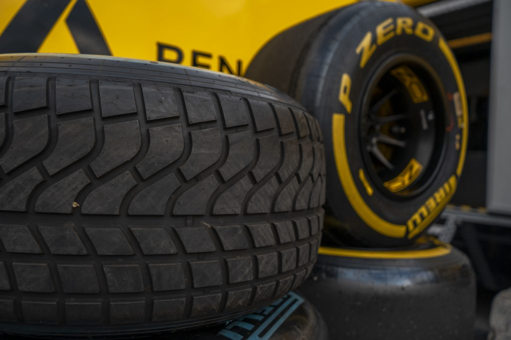 Pneu de formule 1 Renault